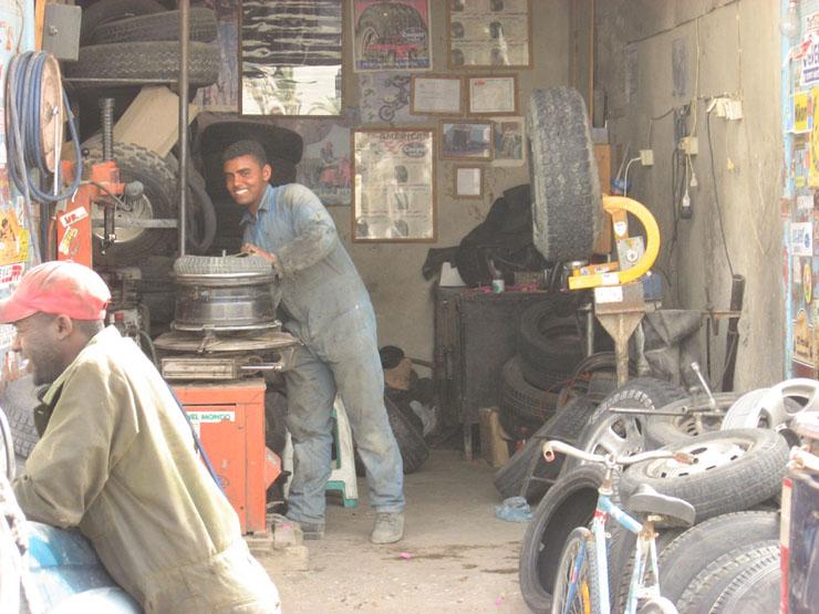 Reifenwerkstatt (übrigens schnell, zuverlässig und sehr preiswert!)