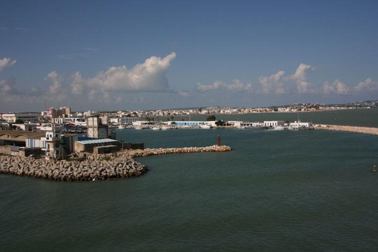 Einfahrt Hafe von Tunis